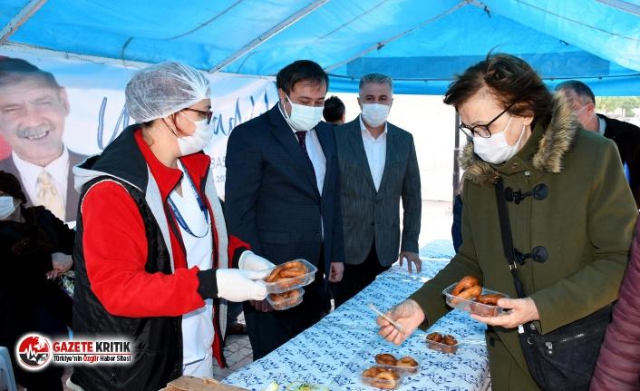 Kuşadası Belediyesi'nden Sıtkı Başkan için lokma hayrı
