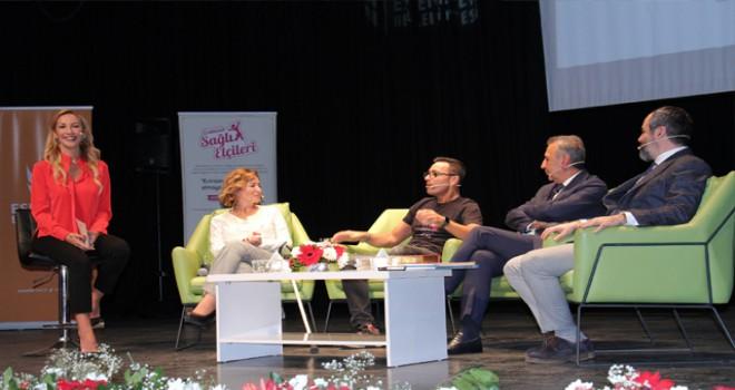 Mustafa Sandal sağlık elçisi kadınlarla buluştu