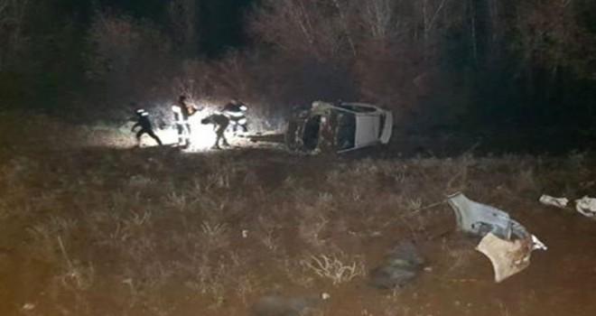 Otomobil şarampole devrildi: Helin öldü, sürücü yaralı