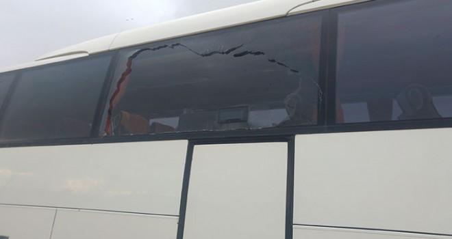 Evkur Yeni Malatyaspor takım otobüsüne taşlı saldırı