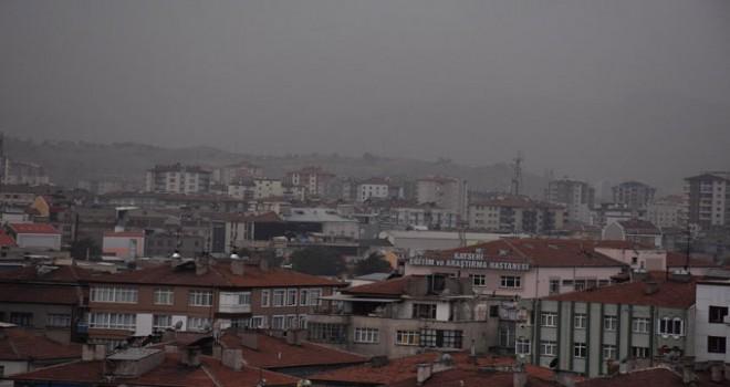 Kayseri'de toz bulutu etkili oldu