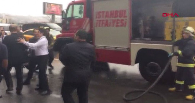 Tarlabaşı'nda otelde yangın