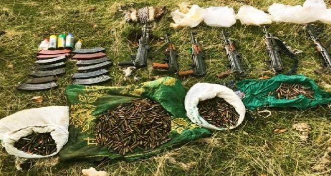 Terör örgütü PKK'ya ait 3 sığınakta 6 tüfek ele geçirildi