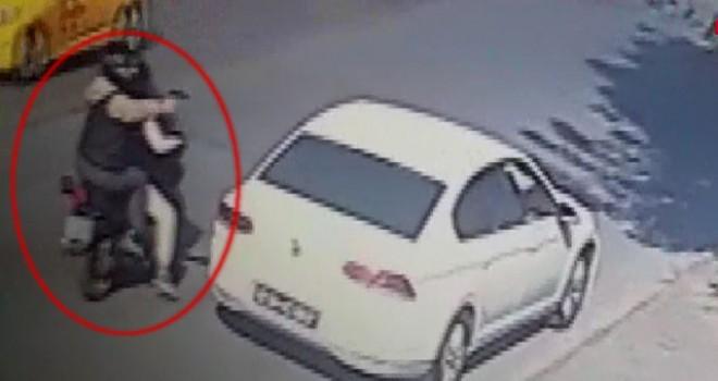 Bakırköy'de galeriye saldırı anı kamerada