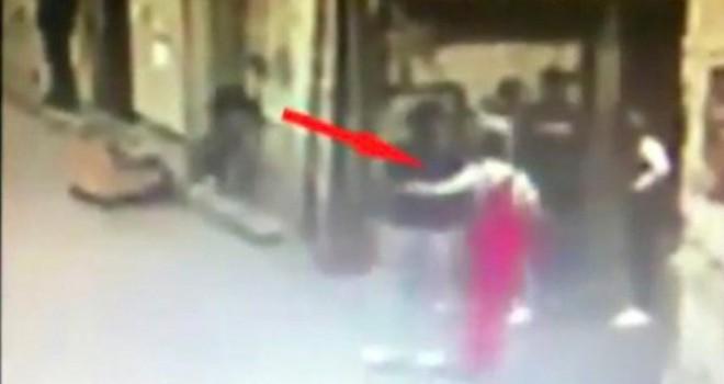 Polis boyacı tulumu giydi Pakistanlı uyuşturucu çetesini çökertti