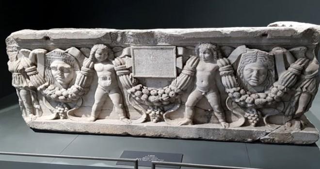 Adana Müze Kompleksi, tarihe ışık tutuyor
