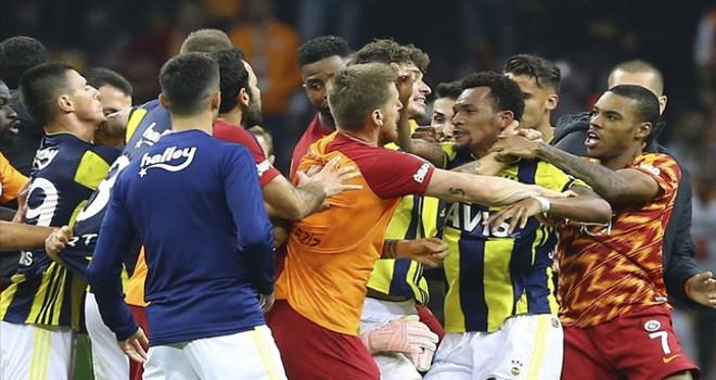 Galatasaray Fenerbahçe derbisinin faturası belli oldu! İşte PFDK kararları