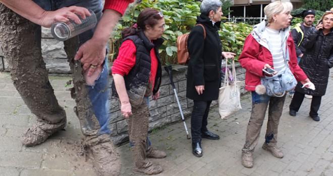Kadıköy'de 'beton'' tuzağı: 2 kadın betona battı