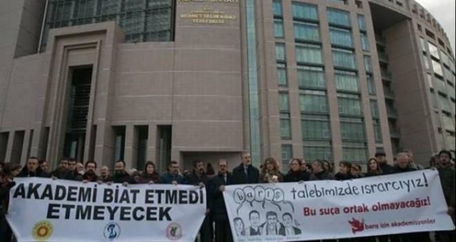 Barış Akademisyenleri hâkim karşısında: İfade özgürlüğümüz ihlal edildi