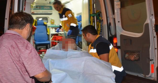 Alevlerin arasında kalan yaşlı adam yaralandı