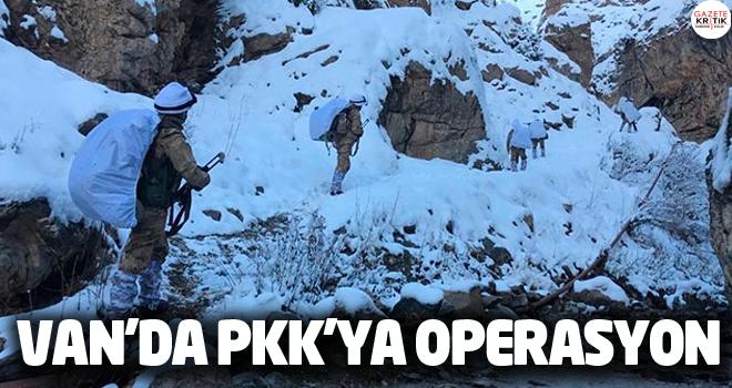 Van'da 4 sığınakta PKK silah ve mühimmatı ele geçirildi