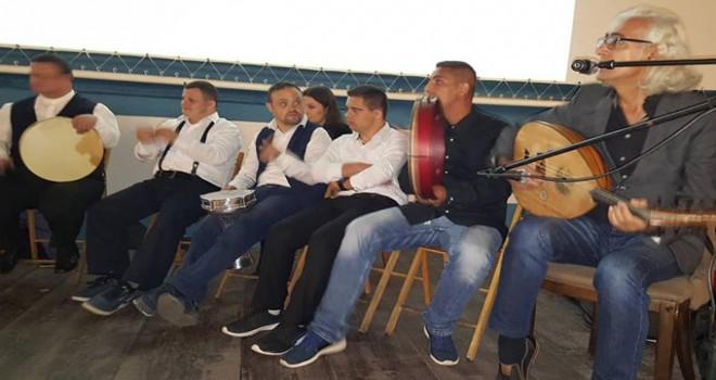 Kosovalı down sendromlu yetişkinler konser verdi