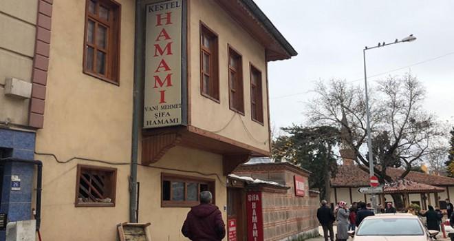 Tarihi hamamdaki soba faciasında zehirlenen doktor öldü