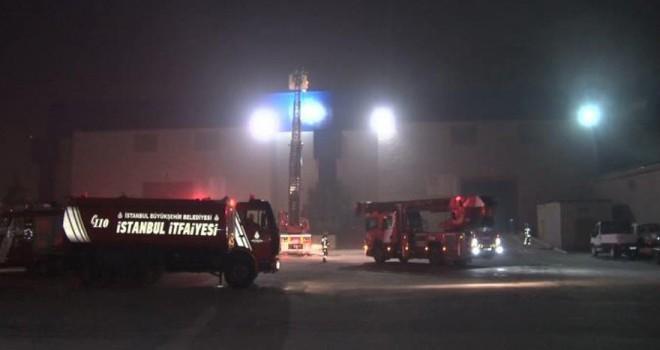 İstanbul'da fuar merkezinde yangın