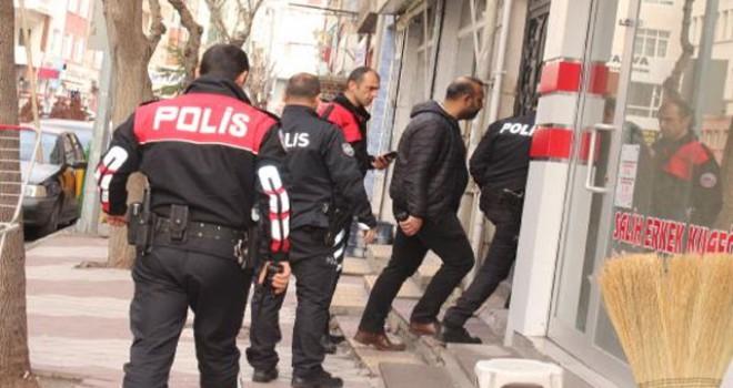 Niğde'de silah sesleri polis alarma geçirdi