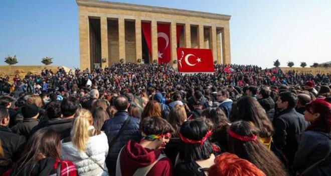 Anıtkabir'de ziyaretçi rekoru kırıldı