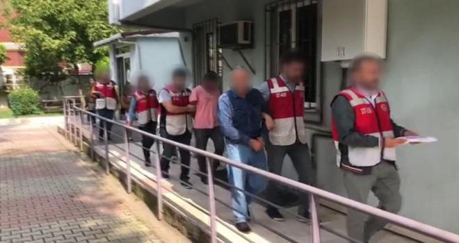 Sosyal medyada tanıştığı kızın ailesi çıplak fotoğraflarını çekip şantaj yaptı