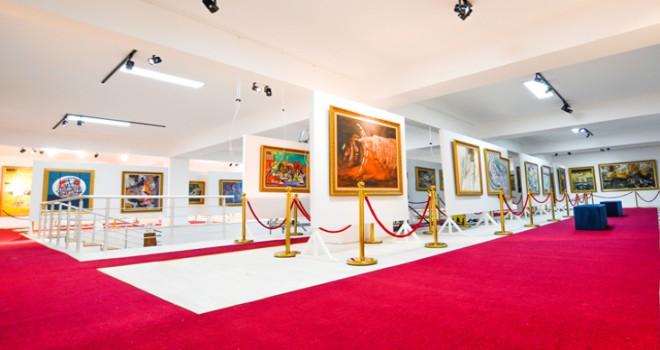 YDÜ, Yakın Doğu Üniversitesi Sanat Merkezi'ni kurdu