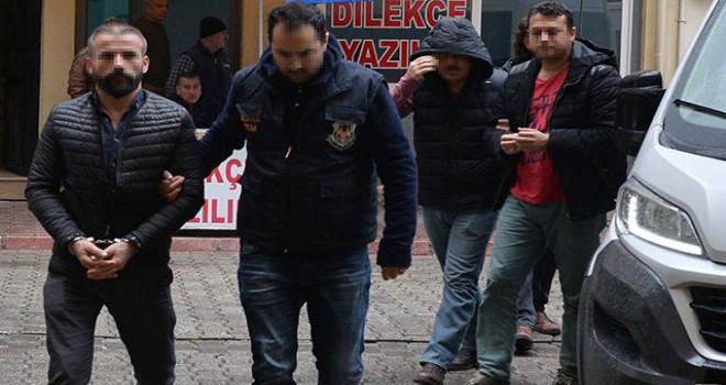 Adana'da terör örgütü propagandası yapan 3 şüpheliye gözaltı