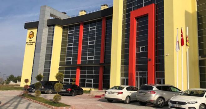 Yeni Malatyaspor kulüp binasına silahlı saldırı