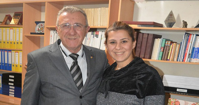 Baba ve kızı muhtarlık için yarışacak