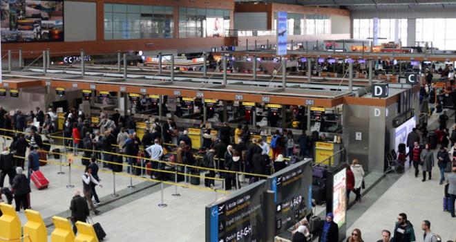 Sabiha Gökçen'den yolculara terminal içi navigasyon hizmeti