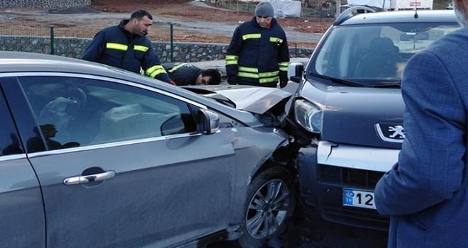 Bingöl'de zincirleme kaza: 7 yaralı