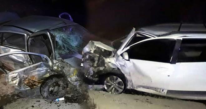Burdur'da 4 araç birbirine girdi: Biri şehit babası 2 ölü, 8 yaralı