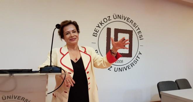 Prof. Dr. Nüket Güz Kapanış Dersi'nde Öğrencileri ve Meslektaşlarına Seslendi.