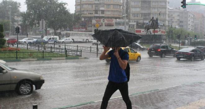 Meteoroloji'den o illere sağanak yağış uyarısı! Sıcaklıklar mevsim normallerinin üzerinde!