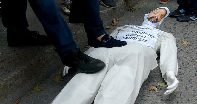 Emniyet önünde Adnan Oktar protestosu