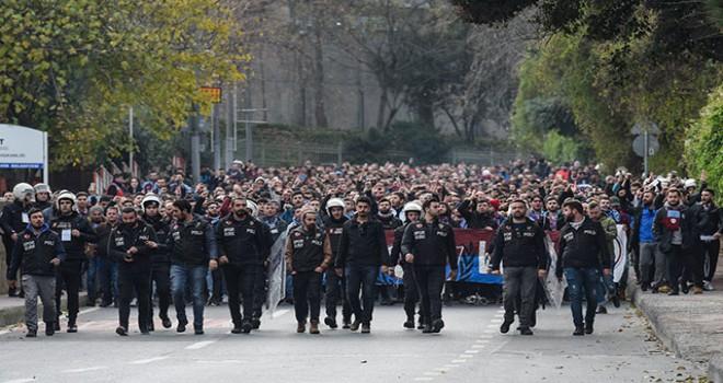 Trabzonsporlu taraftarlar, Vodafone Park'a geldi