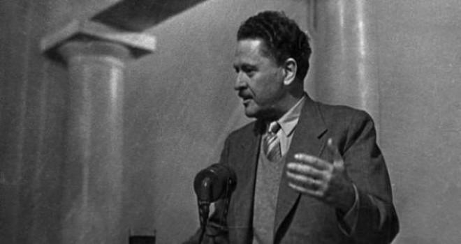 'Komünist Masası'ndaki Nâzım Hikmet', devletin fişleme tarihini de ortaya koyuyor