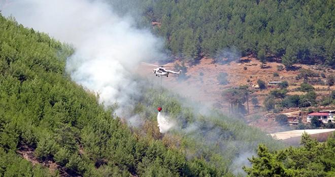 Anamur'da 3 noktada orman yangını