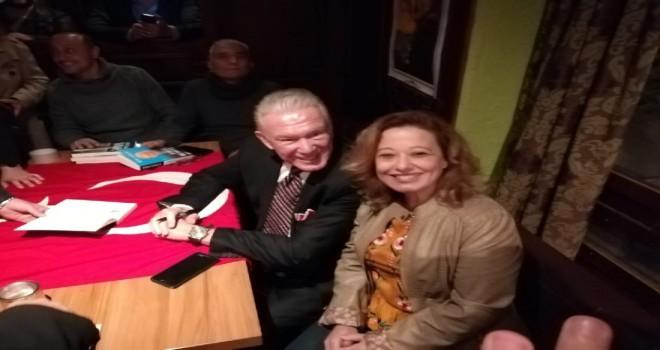Usta gazeteci Uğur Dündar İsviçre'de Atatürk'ü andı