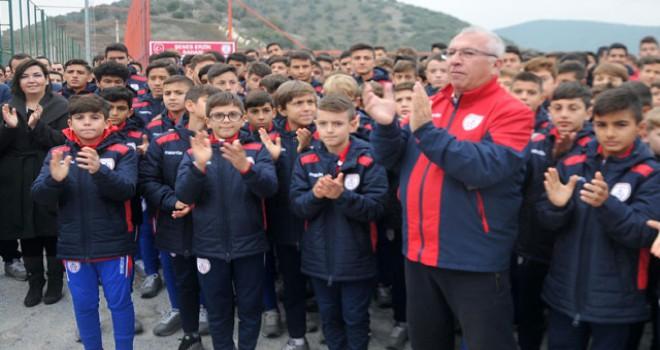 Altınordu, Ahmet Güvener Sahası'nın açılışını yaptı