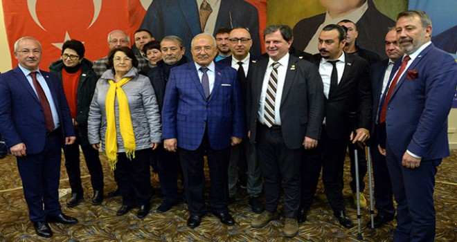Mersin'de 276 CHP'li, İYİ Parti saflarına geçti