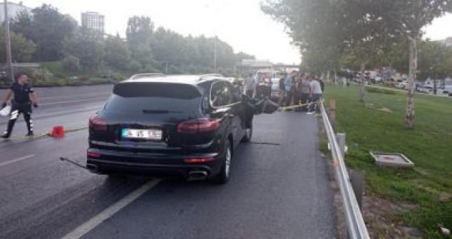 'Dur' ihtarına uymayan lüks araçtakilere polis ateş açtı!