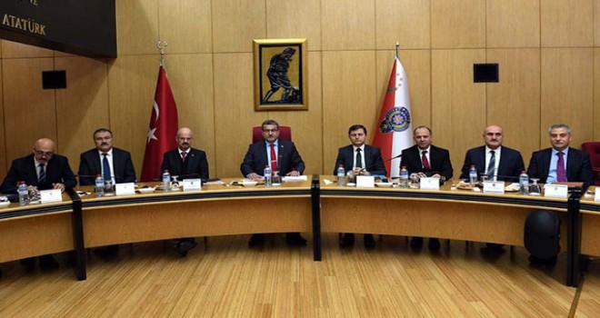 Emniyet Genel Müdürü Uzunkaya: Terör konusunda tüm birimlerin duyarlılığı artırılacak