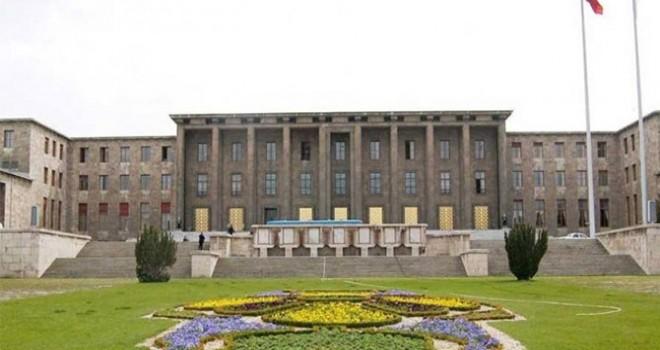 4 yıl önce 130 milyon liraya yaptırılan Meclis ek binası 152.9 milyon liraya yenileniyor