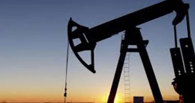 Petrol daralma beklentisiyle yükseldi