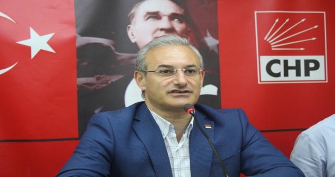 Uğur Yıldırım'dan AK Partili Çiftçioğlu'na: Siyaset cahili