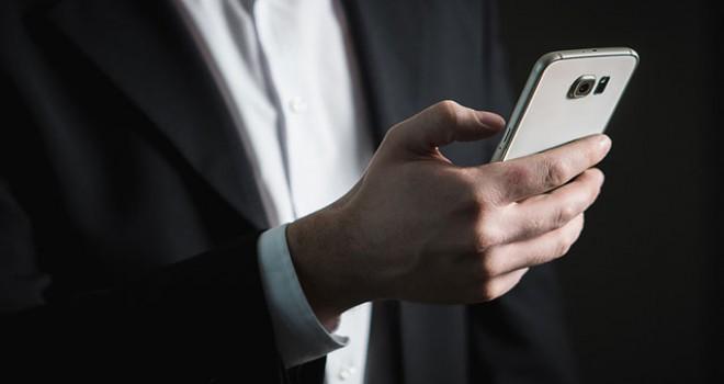 'Cep telefonu bağımlılığı 3 yaşına kadar düştü'