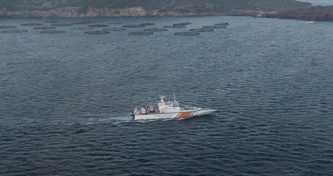 Dikili'de göçmen teknesi battı: 10 kayıp