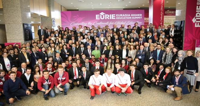 Türk yükseköğretimi dünyaya açılıyor