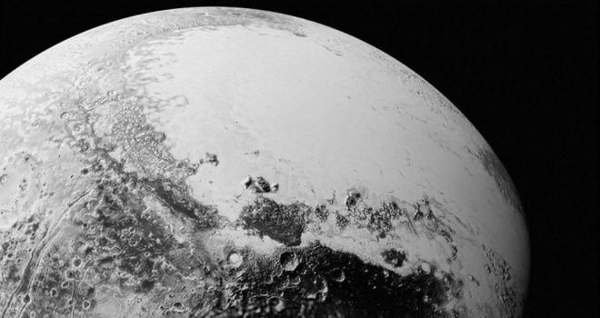 Plüton'un milyarlarca mil ötesinde yeni bir cisim keşfedildi: 'Gulyabani'