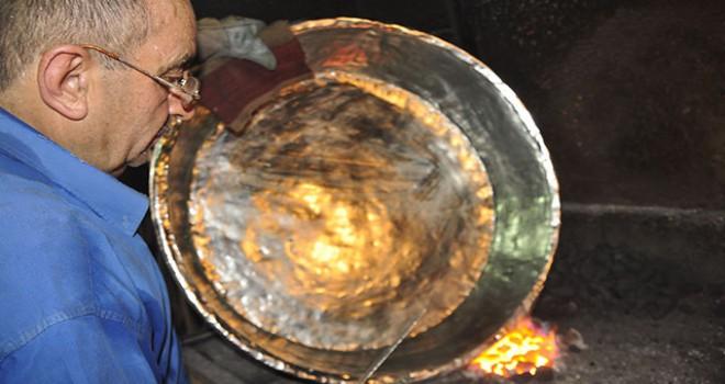 Manavgat'ın son kalaycısı Ramazan usta