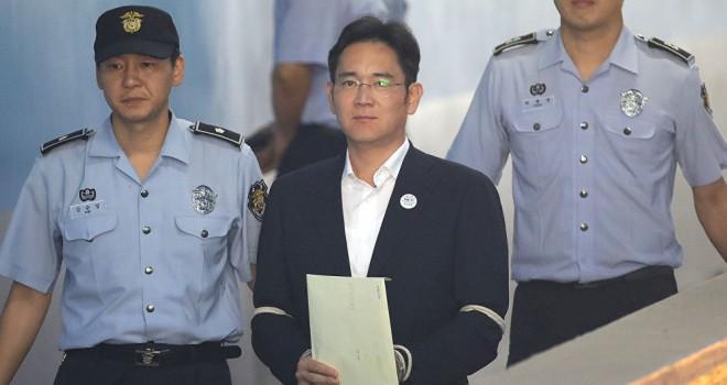 Samsung'un veliahtına 5 yıl hapis