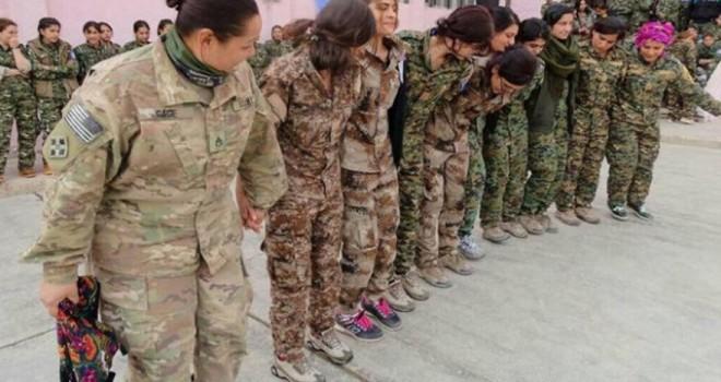 ABD'li asker YPG'lilerle halay çekti