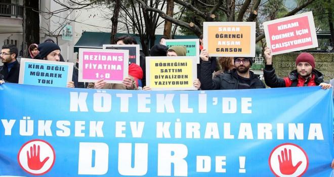 Muğla'da öğrenciler yüksek kira fiyatlarına karşı sokakta